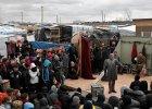 """S�ynny teatr Shakespeare's Globe wystawi� """"Hamleta"""" w obozie dla uchod�c�w w Calais"""
