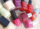 Paznokcie na wakacjach - jaki manicure wybra� latem?