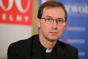 """Arcybiskup dymisjonuje szefa """"Gościa Niedzielnego"""". Poszło o papieża Franciszka?"""