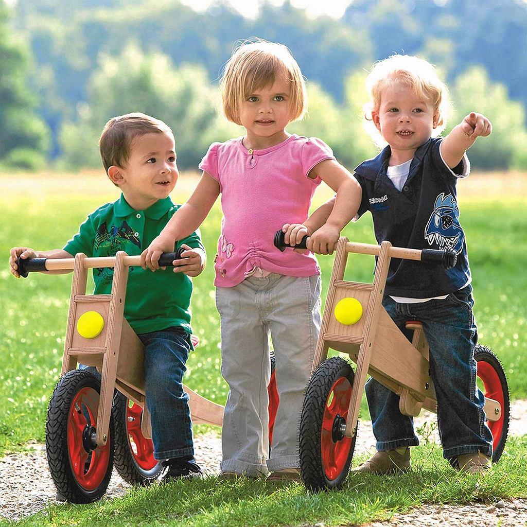 Rowerki biegowe pozwalają dziecku szybko stać się samodzielnym