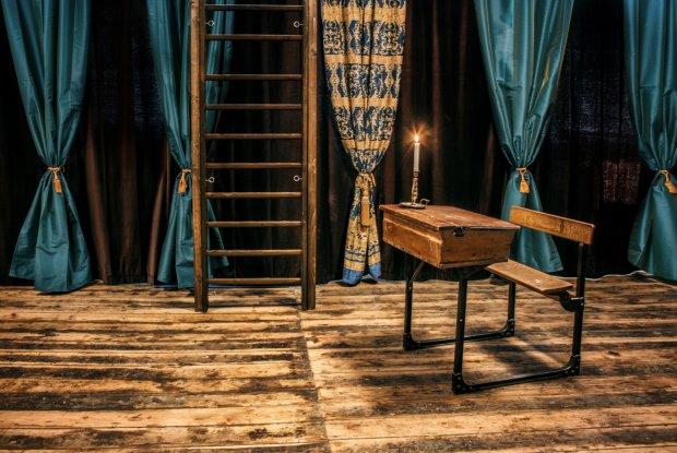 Salon BDSM, Poko´j drewniany fot. Lisa Mu¨ller