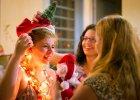 Świąteczne tradycje ewoluują. Te najnowsze mogą zadziwiać [PRZYKŁADY Z CAŁEGO ŚWIATA]