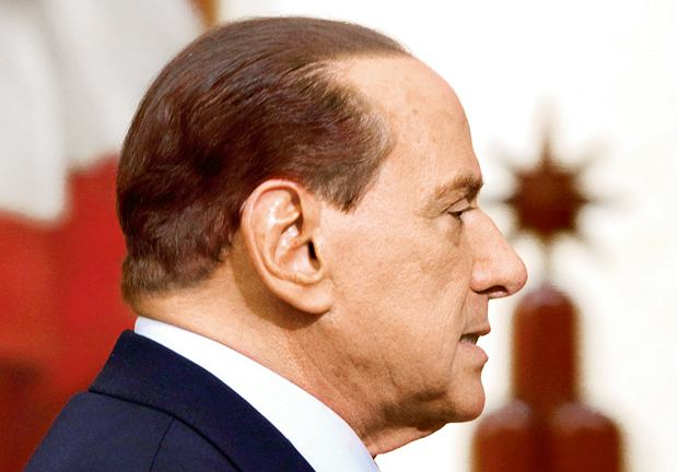 Silvio Berlusconi przed przeszczepem włosów