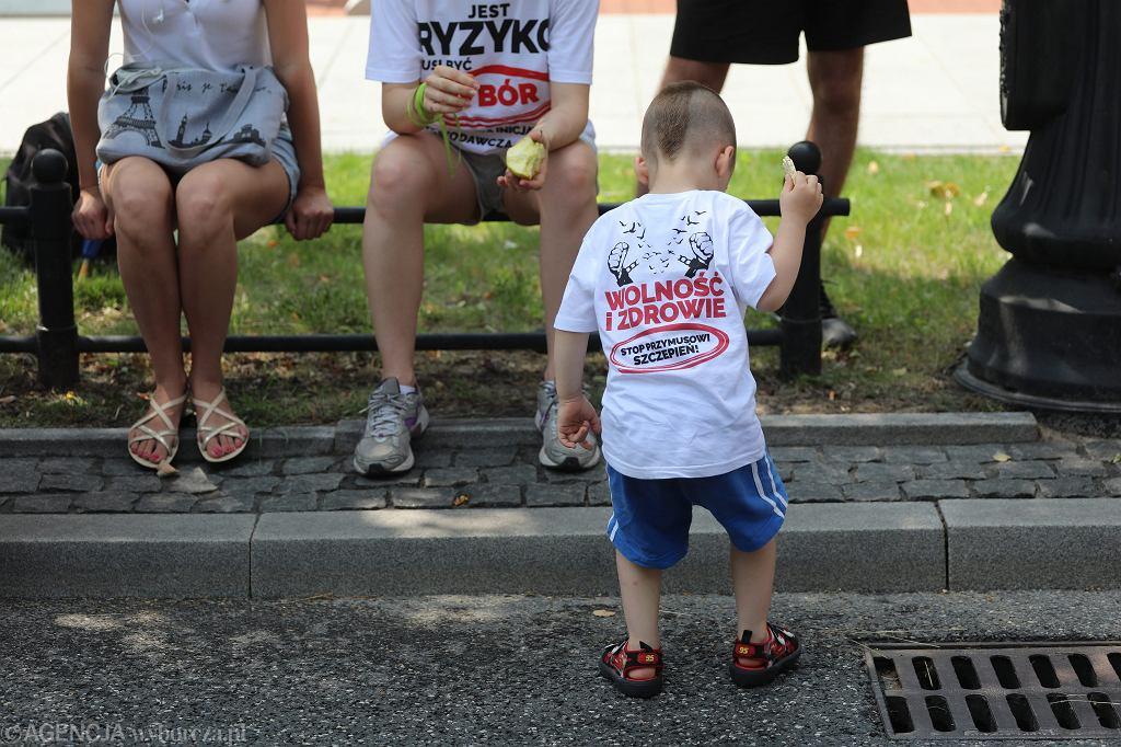 Marsz 'antyszczepionkowców'. Warszawa, 2 sierpnia 2018