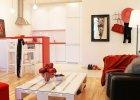 Mieszkanie po metamorfozie: czerwie�, która kipi energi�