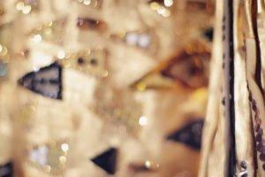 """Conchita Wurst jako """"Z�ota Adele"""" Gustava Klimta. Koncert Conchity by� g��wn� atrakcj� imprezy charytatywnej w Wiedniu"""
