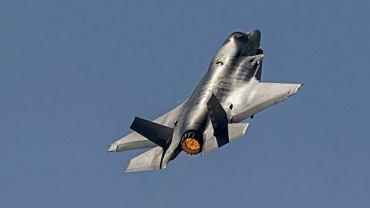 W przyszłości w myśliwcach F-35 planuje się zainstalowanie broni elektromagnetycznej
