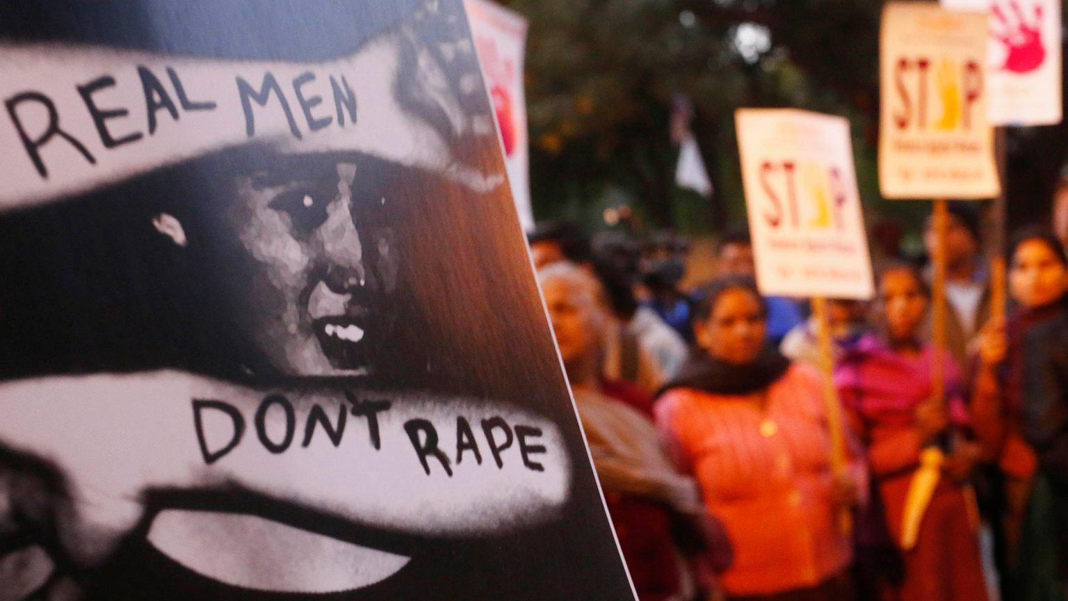 Indie: Gwa³t zbiorowy i morderstwo dwóch nastolatek. Policja zignorowa³a zg³oszenie o zaginiêciu