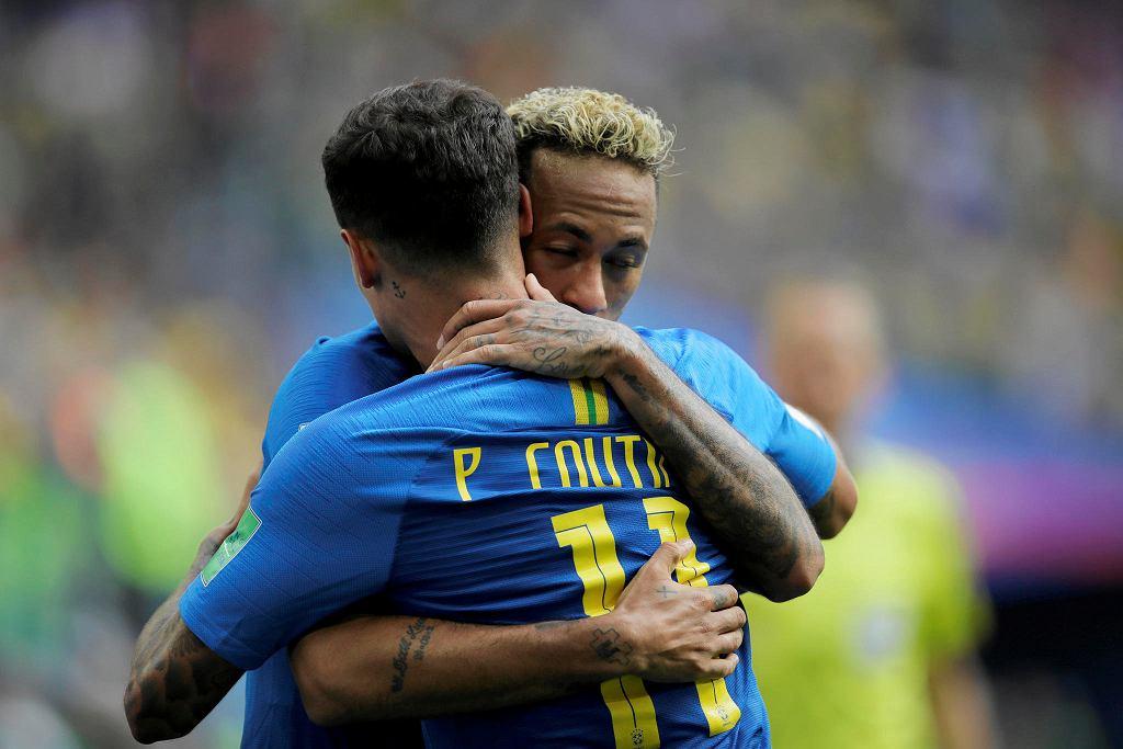 Neymar i Philippe Coutinho, mecz Brazylia - Kostaryka na mistrzostwach świata w Rosji. St. Petersburg, 22 czerwca 2018