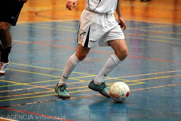 Futsal: wyjazdowa pora�ka Nowin