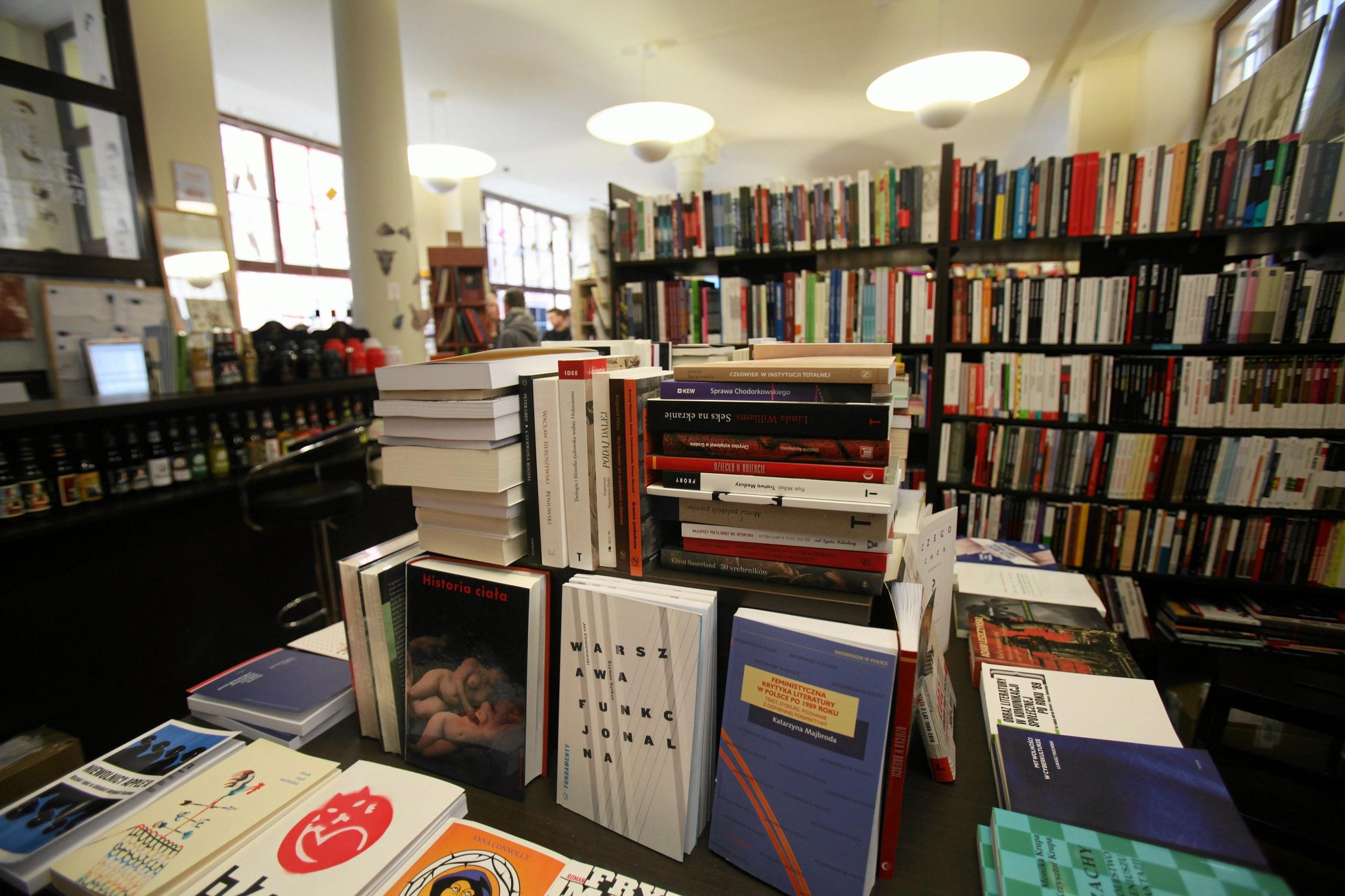 E-booki nie powinny kosztować tyle co książka papierowa (fot . Mieczyslaw Michalak / Agencja Gazeta)