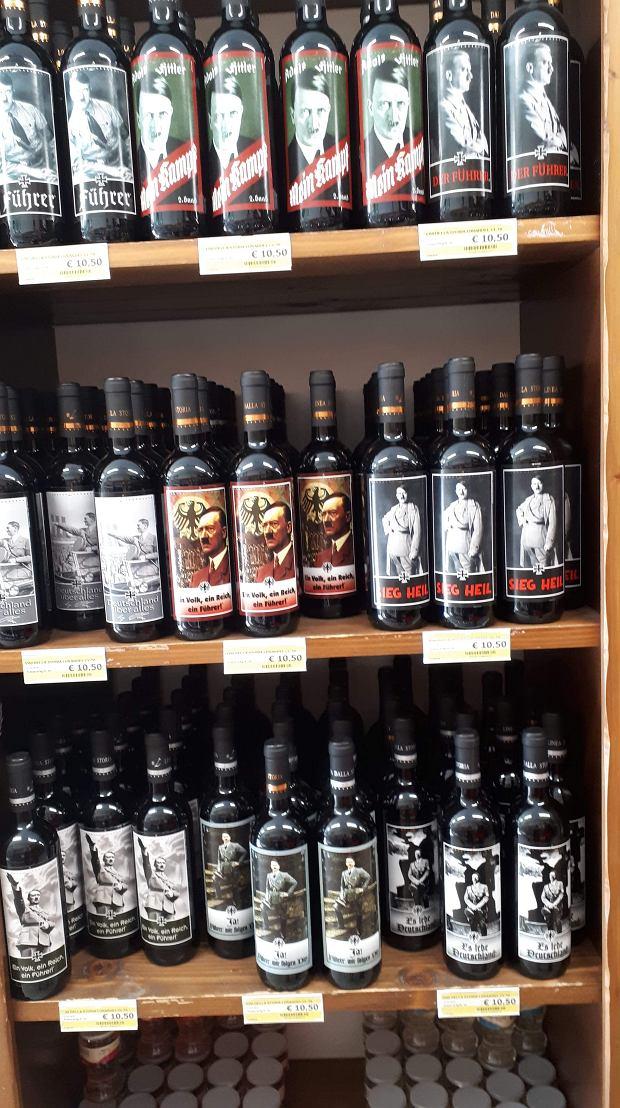 Wina z wizerunkiem Hitlera do nabycia we Włoszech