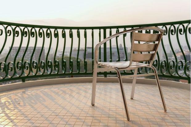 Metalowe krzesło ogrodowe