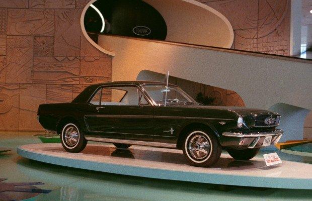 Ford Mustang na salonie w Nowym Jorku - 1964 rok