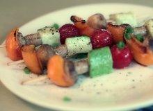 Szasz�yki z pieczonych warzyw i pieczarek - ugotuj