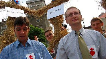 Rok 2003. Stanisław Pięta protestuje przeciwko pominięciu wartości chrześcijańskich w preambule Konstytucji Europejskiej