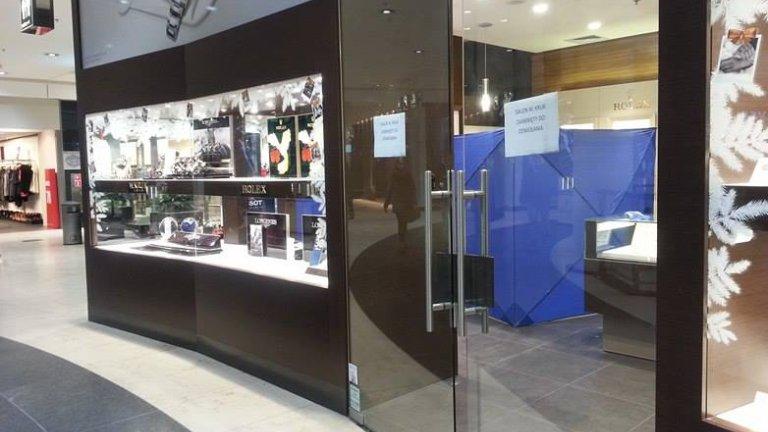 Napad na salon jubilerski Kruk w Galerii Bałtyckiej w Gdańsku. Sprawcy ukradli m.in. kosztowne zegarki znanych marek