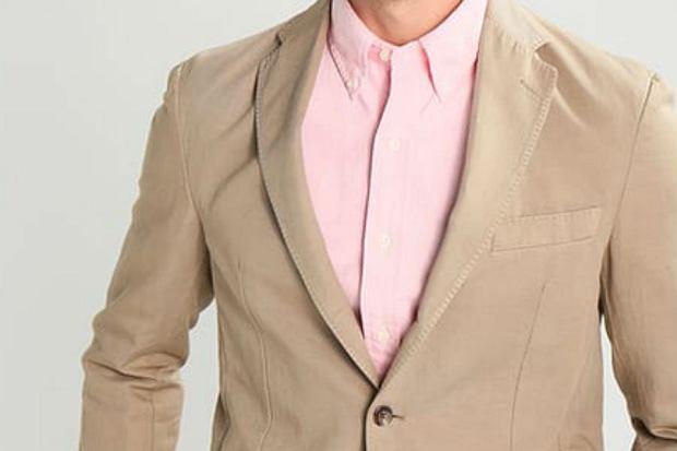 Męskie koszule - z czym je nosić latem? [poradnik dla facetów]