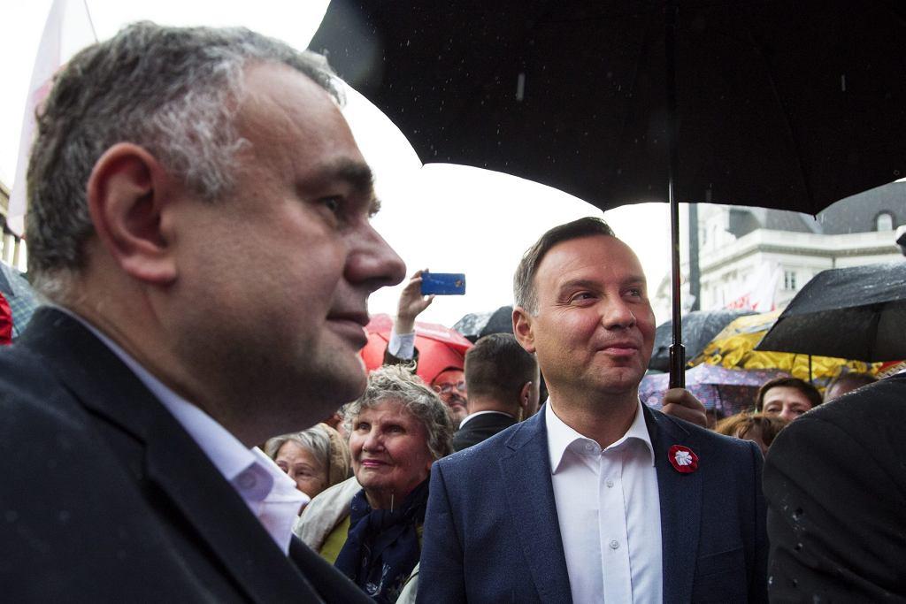 Prezydent RP Andrzej Duda i redaktor naczelny 'Gazety Polskiej' Tomasz Sakiewicz.