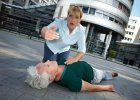 Omdlenie - nawet jednorazowa utrata przytomno�ci wymaga konsultacji lekarskiej
