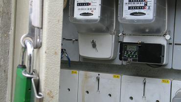 Liczniki elektryczne (zdjęcie ilustracyjne)
