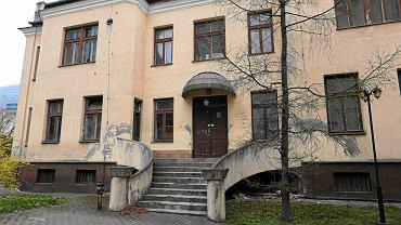 Opuszczony dawny szpital. w którym ma powstać Muzeum Getta Warszawskiego
