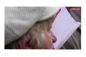 """Temat dnia """"Gazety Wyborczej"""": """"Bank gniewu"""" i ofiara założycielska IV RP. Prof. Zbigniew Mikołejko i Roman Imielski o """"religii smoleńskiej"""""""