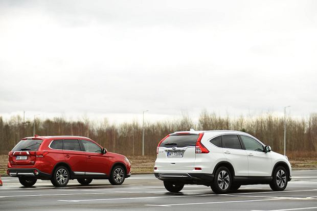 Mitsubishi Outlander 2.0 vs Honda CR-V 2.0