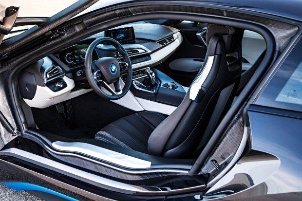 Najciekawsze samochodowe wn�trza | Top 15