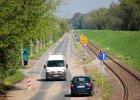 Pierwsza taka ulica w Polsce: samochody naprzeciw siebie