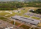Lotnisko w Modlinie: bardzo dobre wyniki, nowy przewo�nik