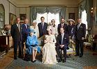 Historyczne zdj�cie kr�lewskiej rodziny. A ksi��� Karol boi si� zosta� kr�lem