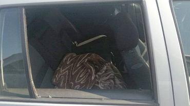 Kozienice. Nastolatek został zamknięty na kilka godzin w samochodzie