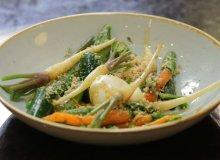 M�ode warzywa pod migda�ow� kruszonk� - ugotuj