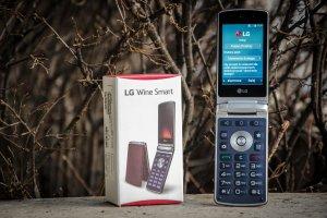 LG Wine Smart - tak, to smartfon z klapką [RECENZJA]