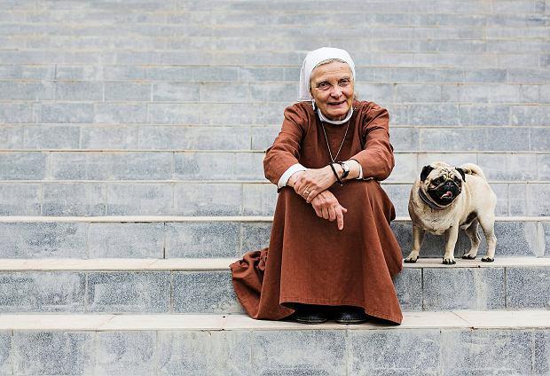 Siostra Małgorzata Chmielewska. Kobieta z boskim czadem ceruje świat
