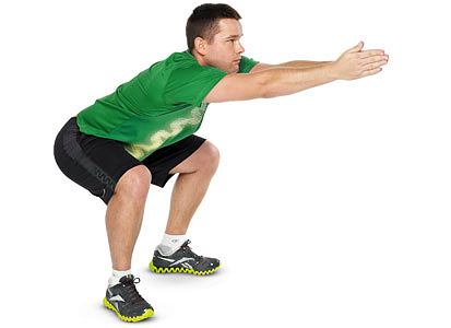 ćwiczenia, Ćwiczenia: rozgrzewka idealna, Zrób 20 energicznych przysiadów