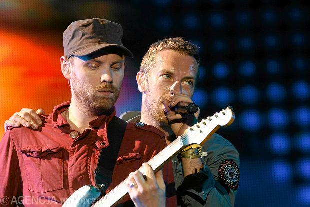 """Znany brytyjski zespół może mieć powody do radości. Ich ubiegłoroczna trasa koncertowa osiągnęła jeden z najlepszych wyników w historii. Jaką kwotę udało się zdobyć za koncerty z trasy """"A Head Full of Dreams Tour""""?!"""
