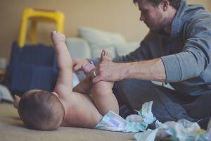 """Czy tata to rodzic """"drugiej kategorii""""? Zapytaliśmy mężczyzn, czy czasami tak się czują [WASZE WYPOWIEDZI]"""