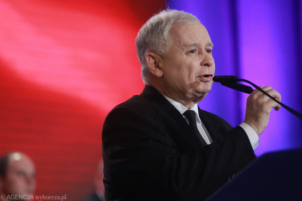 Jarosław Kaczyński przemawia na konwencji Solidarnej Polski