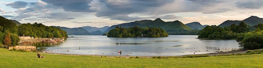 Jezioro Derwent, jedno z 21 wielkich zbiorników wodnych znajdujących się w Krainie Jezior (fot. Diliff / Wikimedia.org / CC BY-SA 3.0)