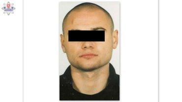 """Telefon na 997: """"On ukrywa si� w Lublinie, w tym mieszkaniu"""". Potem policja szuka�a go 11 lat"""