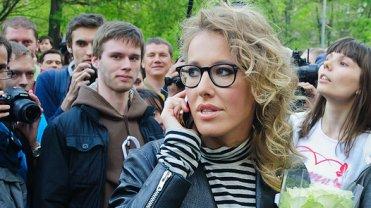 """Pogrzeb. Do opozycyjnej dziennikarki podchodzi nieznajomy. """"B�dzie pani nast�pna"""""""