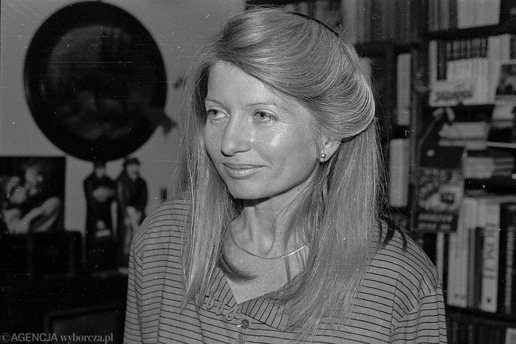 Małgorzata Niezabitowska w 1989 r.  (fot. Tomasz Wierzejski/AG)