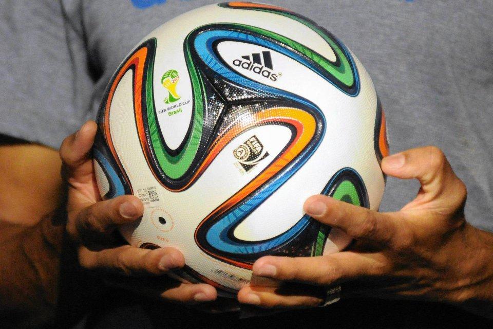 a569cf6821999 Zdjęcie numer 6 w galerii - Brazuca - świat zobaczył piłkę na mundial w  Brazylii