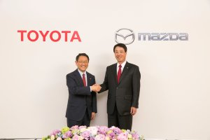 Toyota i Mazda ��cz� si�y