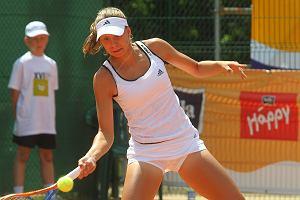 Tenis. Magda Linette odpad�a te� z debla w turnieju w Chinach