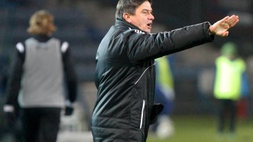 Waldemar Fornalik podczas meczu Ruch Chorzów - Śląsk Wrocław 1:0