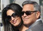 """""""Amal jest w ci��y?"""" Plotki po publikacji najnowszych zdj�� Clooney�w. George zdecydowa� si� na nietypowy krok"""