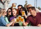 Pijesz piwo, szybciej ujrzysz szcz�cie